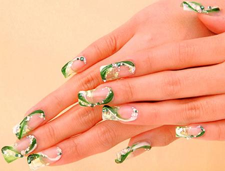 1 green nails 15