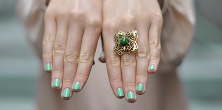 Green nail salon